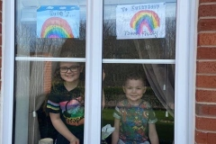 Kelly-Smiths-rainbow-Photo-of-Evie-and-brother